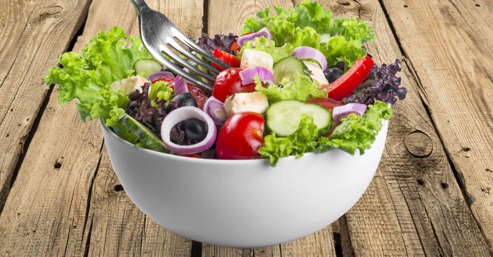 Salada Grega com Queijo Feta